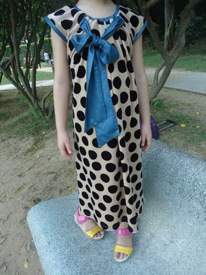 Stretched Little Girl Velvet Dresses , Black Polka Dots Fall Color Block Dress